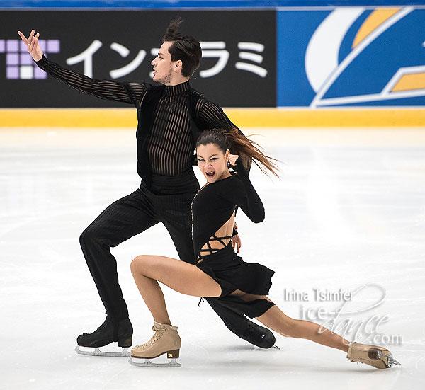 Анастасия Шпилевая - Григорий Смирнов/ танцы на льду - Страница 12 18FT-RD_0048_600