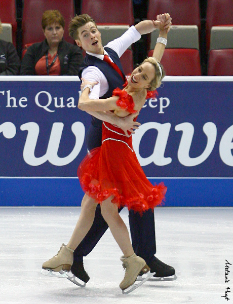 Pernelle Carron & Lloyd Jones (FRA)