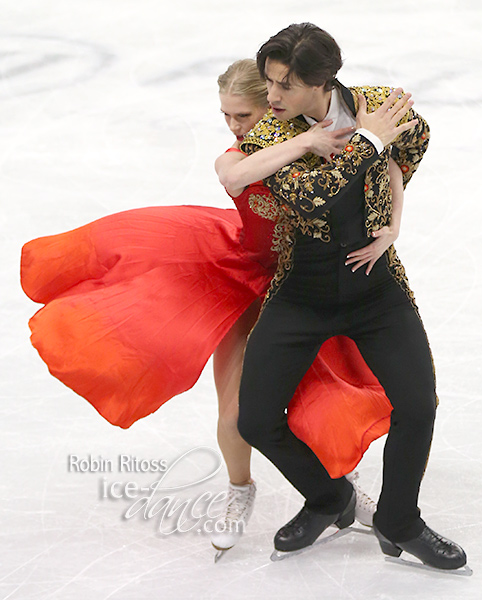 Kaitlyn Weaver & Andrew Poje (CAN)