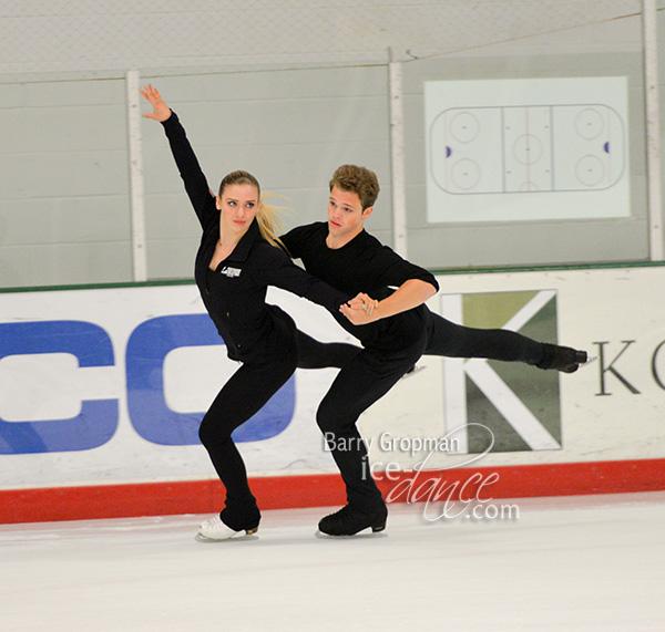 http://photos.ice-dance.com/cache/2017-18/17USFSDanceCamp/17USDC-9764-BG_600.jpg